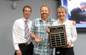 Dr. Stephan Mostowy (middle) presented with the Year 3 KGH Surgery Teaching Award by Dr. Gary Goplen and Dr. Cheryl Holmes.